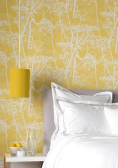 Yellow cow parsley wallpaper