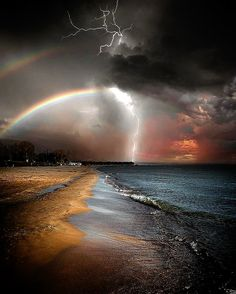 Canon Photography: An amazingly created piece of digital art! What's the worst storm you guys have … All Nature, Science And Nature, Amazing Nature, Natural Phenomena, Natural Disasters, Beautiful World, Beautiful Places, Fond Design, Landscape Photography