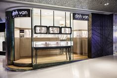 Dinh Van jewellery boutique by Stefano Tordiglione Design, Hong Kong