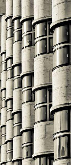 Shell House, Berlin, Germany, architect:  Emil Fahrenkamp, 1930-32, photo:  sensorpixel