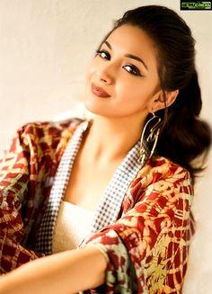 Keerthy Suresh photo shoot stylish Actress Keerthy Suresh 2018 New HD Gallery Bollywood Actress Bikini Photos, Beautiful Bollywood Actress, Most Beautiful Indian Actress, Beautiful Actresses, Beauty Full Girl, Beauty Women, Indian Actress Gallery, Cute Girl Poses, Stylish Girl Pic