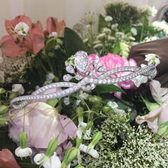 Diamonds on flowers at #ParisCouture with @chaumet  #luxury #jewelry #Paris #Chaumet