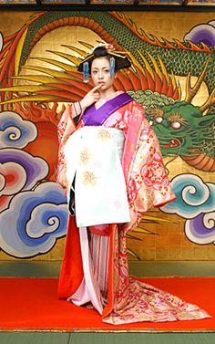 Sakuran Japanese Kimono, Japanese Fashion, Japanese Art, Glass Pavilion, What A Wonderful World, Yukata, Geisha, Movie Stars, Photo Galleries