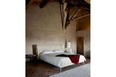 Husk Bed by Patricia Urquiola for B&B Italia | Space Furniture