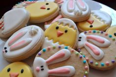 Easter Cookies - (no link), love the partially decorated bunny cookies. Fancy Cookies, Iced Cookies, Cute Cookies, Easter Cookies, Easter Treats, Holiday Cookies, Cupcake Cookies, Sugar Cookies, Cupcakes