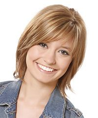 Casual Medium Straight Layered Bob Hairstyle with Side Swept Bangs - Light Brunette Hair Color with Blonde Highlights Haircuts For Fine Hair, Hairstyles For Round Faces, Popular Hairstyles, Hairstyles With Bangs, Straight Hairstyles, Short Haircuts, Middle Hairstyles, Layered Hairstyles, 2015 Hairstyles