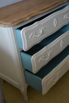 Oak chest of drawers - shabby chic campaign - Patinas d'Agathe - Bois d'autrefois - dressing Upcycled Furniture, Chest Of Drawers, Shabby Chic, Diy And Crafts, Projects To Try, Interior, Dressing Table, Buffets, Home Decor