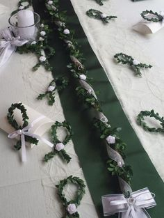 Table top set green white table garland fish table decoration communion weddings - Home Page Table Garland, Diy Garland, Diy Thanksgiving Crafts, Thanksgiving Decorations, Decoration Communion, Table Verte, Green Wedding Decorations, Diy Crafts To Do, Wedding Table Settings
