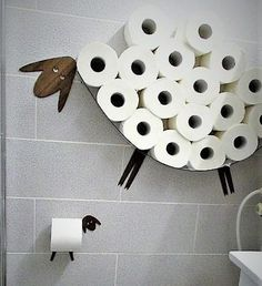 Wall shelf for storing of toilet paper rolls and toilet roll holder. Funny Set of Bathroom / Wall Decor - Sheep and Lamb for toilet paper Bathroom Shelves, Bathroom Storage, Wall Shelves, Wc Bathroom, Bathrooms, Toilet Paper Storage, Toilet Paper Roll, Regal Bad, Casa Retro