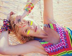 15 Inspiring Festival Beauty Looks from Pinterest via @ByrdieBeauty