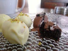 Zelfgemaakte bonbons met Oreo en FrouFrou vulling.
