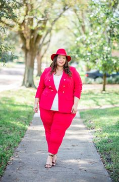 Look Of Red Plus Size Suit – Estrella Fashion Report Plus Size Suits, Plus Size Women, Cycling Outfit, Cycling Clothing, Leopard Print Sandals, Red Suit, Plus Size Summer, Ankle Pants, Summer Looks