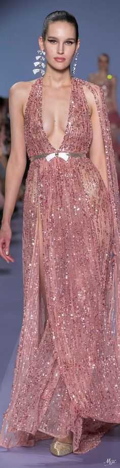 Spring 2020 Haute Couture Georges Hobeika - The little thins - Event planning, Personal celebration, Hosting occasions Georges Hobeika, Catwalk Fashion, Fashion Show, Fashion Design, Evening Outfits, Evening Gowns, Nice Dresses, Formal Dresses, Amazing Dresses