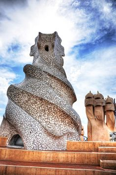 "Casa Mila (""La Pedrera"") / Barcelona / Spain by Antoni Gaudi Beautiful Architecture, Art And Architecture, Architecture Details, Vintage Architecture, Barcelona Architecture, Installation Architecture, Madrid, Begur Costa Brava, Hotel W"