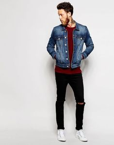 The denim jacket is one of a number of clothing items that make the wearer need not bother to issue masculinity and macho elements. The question is exactly how suitable a denim jacket with your oth… Estilo Bad Boy, Denim Jacket Fashion, Men Denim Jacket Outfit, Blue Denim Jacket Outfit, Black Denim Jacket Men, Joggers Outfit, Jacket Jeans, Mens Joggers, Jacket Style