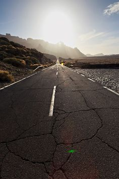 Teide National Park - Tenerife, Spain by Alёna Romanenko Beautiful Roads, Beautiful Places, Tenerife, Trick Pictures, Freedom Travel, Winding Road, Heritage Site, The Great Outdoors, Amazing Photography