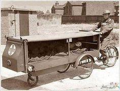 Utility Cycling Technology: World War II Ambulance Ambulance, Kangoo Camper, Velo Cargo, Home Guard, Bizarre, Transporter, Wtf Fun Facts, Random Facts, Vintage Vespa