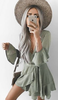 4d2d334e24  fall  outfits Khaki Wrap Dress + Grey Shoulder Bag Fall Fashion Outfits