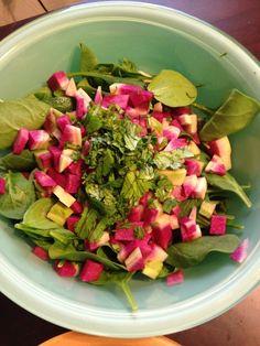 Watermelon Radish Salad with Avocado Vinaigrette - Healthy Eating - Radishes Radish Recipes, Watermelon Recipes, Salad Recipes, Watermelon Radish, Radish Salad, Watermelon Healthy, Avocado Vinaigrette, Avocado Salad