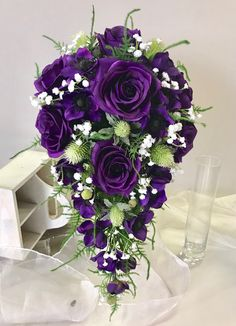 Purple Wedding Bouquets, Wedding Flowers, Dream Wedding, Wedding Day, Glass Vase, Floral Wreath, Arts And Crafts, Wreaths, Bridal