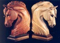 Parasite Holz Pferd Schnitzen