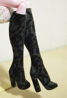 Fashion Doll Shoes: Stretchy boots for Monster High dolls