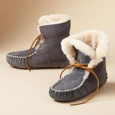 MOXIE SHORT BOOTS - so much cuter than Uggs