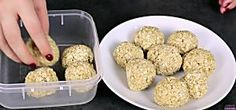 Today's idea comes to us from Jordy's Cooking, and it's an example of simple genius. Watch and learn how to make Banana Oat Breakfast Balls! Canned Biscuits, Buttery Biscuits, Oatmeal Cups, Baked Oatmeal, Vanilla Chia Pudding, How To Make Biscuits, Making Biscuits, Fried Ice Cream, Banana Oats