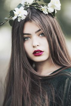 Green eyes by JovanaRikalo Perfect People, Beautiful People, Beautiful Women, Girl Pictures, Girl Photos, Dream Pictures, Kristina Krayt, Goth Women, Princess Girl