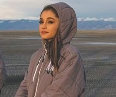 the best singer to exist, ariana grande. Ariana Grande Fotos, Ariana Grande Linda, Ariana Grande Meme, Ariana Grande Photoshoot, Ariana Grande Pictures, Ariana Grande Wallpaper, Rare Pictures, Dangerous Woman, American Singers