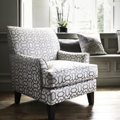 25 Accent Chairs For Living Area Design Attractive Intriguing Appropriate and also Make Your Space A Lot More Meaningful as well as Unforgettable Accent Chairs For Living Room, Living Room Furniture, Living Area, Patterned Armchair, Types Of Sofas, New Interior Design, Sofa Seats, Upholstered Arm Chair, Luxury Sofa