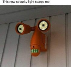 This new security lights scares me 😂