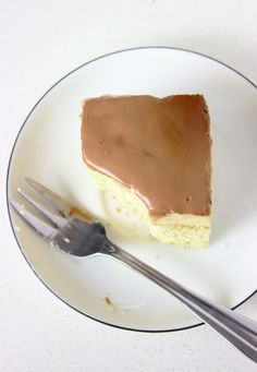 "Szybkie ciasto ""Monte"" z budyniem | Słodkie Gotowanie Cake Recipes, Cheesecake, Cooking Recipes, Pudding, Food Cakes, Miami, Kitchen, Bakken, Recipies"
