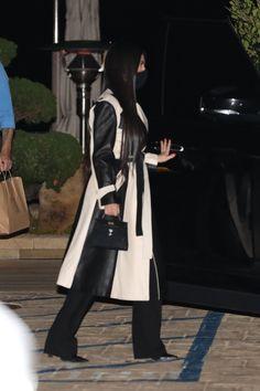 Kourtney Kardashian, Estilo Kardashian, Kardashian Style, Mode Kylie Jenner, Malibu, Daily News, Street Chic, Kendall, Restaurant