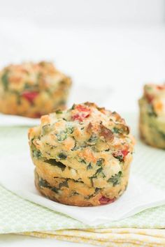 Savoury Muffins alert- these feta, roasted pepper and wild garlic muffins are easy to whip up and make a great lunchbox idea. Chef Recipes, Muffin Recipes, Veggie Recipes, Great Recipes, Vegetarian Recipes, Cooking Recipes, Favorite Recipes, Veggie Meals, Savoury Recipes