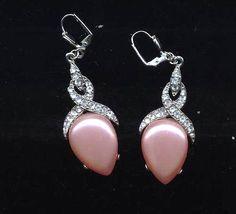 so pretty - Vintage Rhinestone and  Pearlized Drop Earrings by TimeWarpJewelry, $18.00