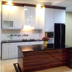 Kitchen set & island