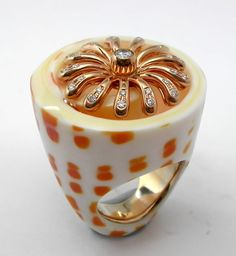 RING SHELL: yellow gold, 27 diamonds 0,48 ct. 16OS0223