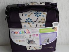 http://www.j-aime-les-bebes.com/2014/11/le-siege-rehausseur-de-voyage-de-munchkin.html