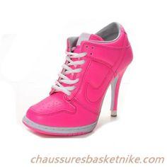 Talons Haute Couture Rose Blanc pas cher Filles Nike Dunk SB