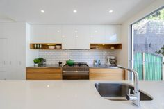 St Kilda – Award winning Kitchen and Bathroom design Melbourne by Patricia La Torre Kitchen Furniture, Kitchen Interior, Home Interior Design, Kitchen Decor, Galley Kitchen Design, St Kilda, Kitchen Pictures, Modern Bathroom Design, Minimalist Kitchen