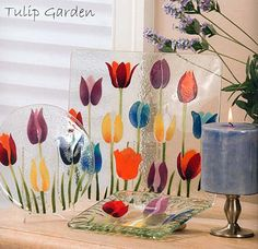 http://www.cellinifinegifts.com/fusionglassimages/fusion_tulipgarden.jpg