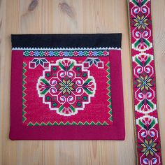 Bunad og Stakkastovo AS Folk Costume, Embroidery Stitches, Cross Stitch, Quilts, Beads, Beadwork, Diva, Outfits, Hardanger