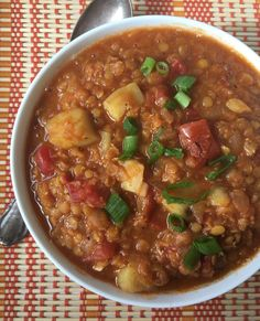 Red Lentil & Sweet Potato Chili/nourishyourselfnow.com
