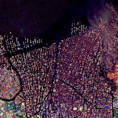 Makoko is a floating village in Lagos, Nigeria with 85,000 residents | Learn more at http://www.dailyoverview.nyc/twentytwo |