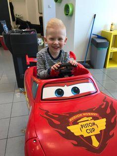 Fešácke účesy sa strihajú v Detskom kdaerníctve  #detskekadernictvo #kadernictvo #trnava #bratislava #kadenrictvotrnava #car #boy #littleboy #cute #cuteboy #haircut #hairstyle #boyhairstyle #slovakia #slovensko