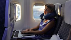Back Travel Pillows for Airplanes is right choice to make your travel comfortable Airplane Inflatable Travel Pillow is the one which gives most extreme measure of solace and harmony during the movement. Best Neck Pillow, Sleeping On A Plane, Overseas Travel, Long Flights, Jet Lag, Long Haul, Travel Style, Kayaking, Traveling By Yourself