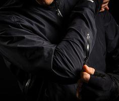 Revelation Jacket Men's Forearm Vent