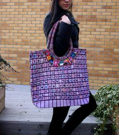 Beautifully made multipurpose bag handmade by Guatemalan artisans. Made of organic dyed cotton that reflects different regions of the indigenous Guatemalan people Market Bag, Everyday Bag, Handmade Design, Black Nylons, Handmade Bags, Travel Bag, Tote Bags, Shopping Bag, Lilac