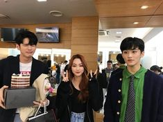 370 Likes, 2 Comments - marklee🍉kangmina🍊 Ong Seongwoo, Mark Nct, Ioi, Pop Music, K Idols, Nct Dream, Nct 127, Memes, Couples